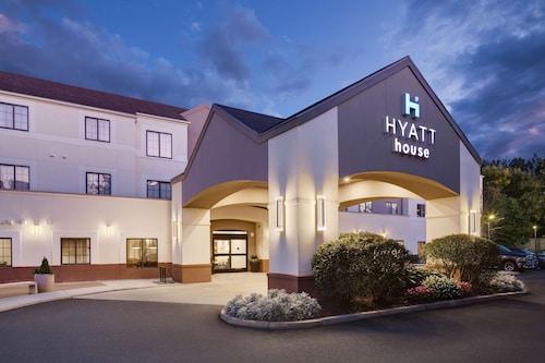 . HYATT house Boston/Waltham