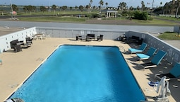 Days Inn by Wyndham Rockport Texas