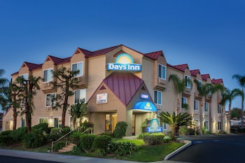 Hotel - Days Inn by Wyndham Carlsbad