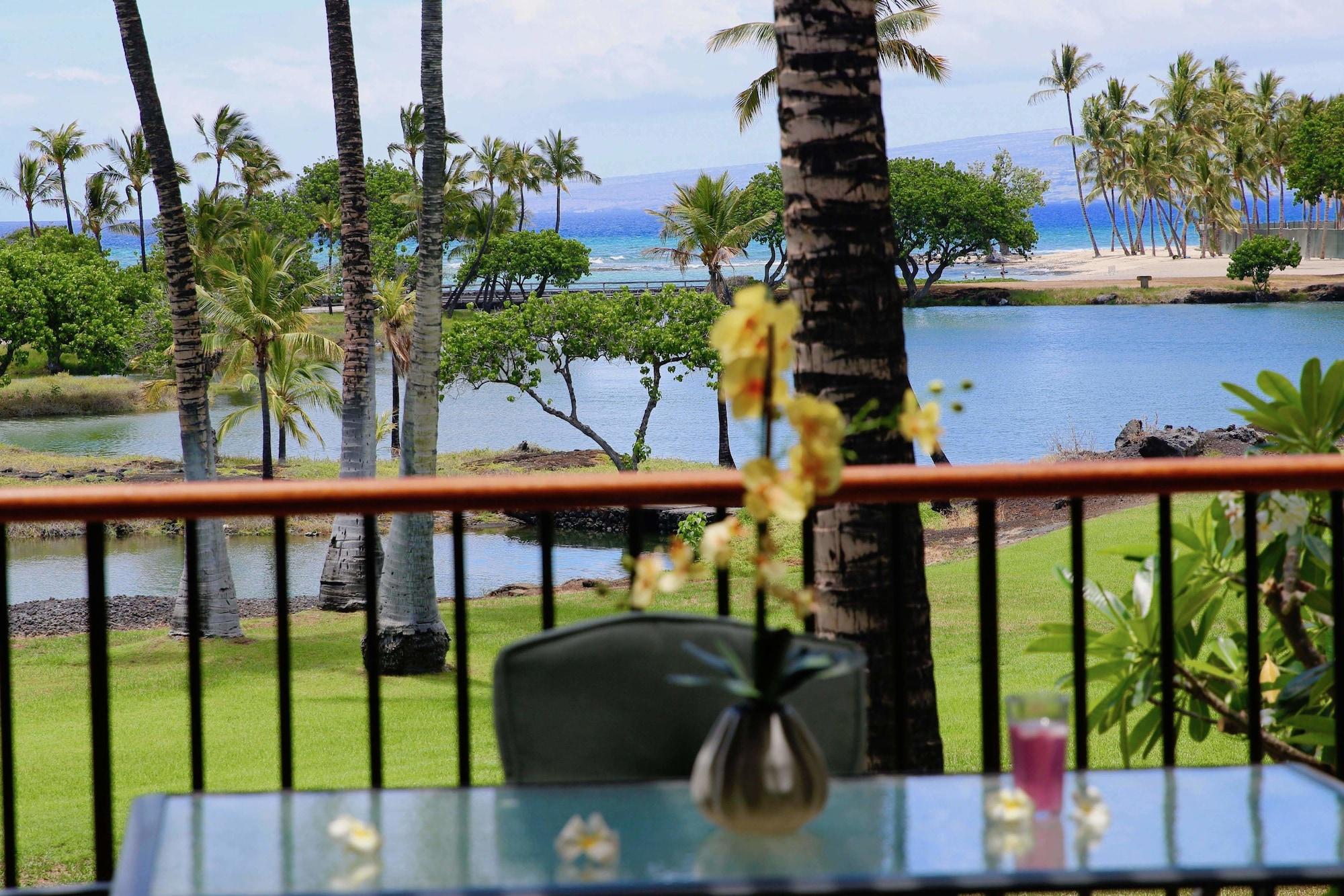 Mauna Lani Terrace Condominium, Hawaii
