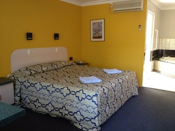 Guestroom at Ipswich City Motel in Ipswich