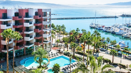 . Hotel Coral And Marina