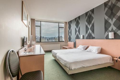__{offers.Best_flights}__ Hotel Beauregard