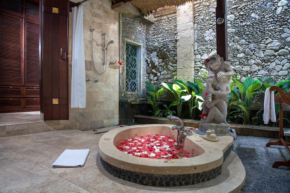 피타 마하(Pita Maha) Hotel Image 20 - Bathroom