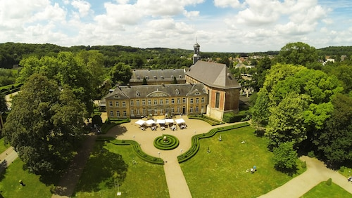 __{offers.Best_flights}__ Chateau St Gerlach