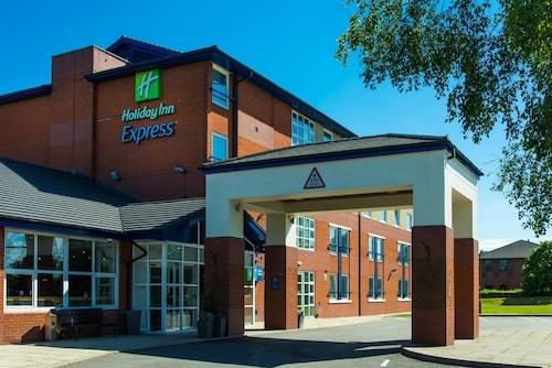 . Holiday Inn Express Burton Upon Trent