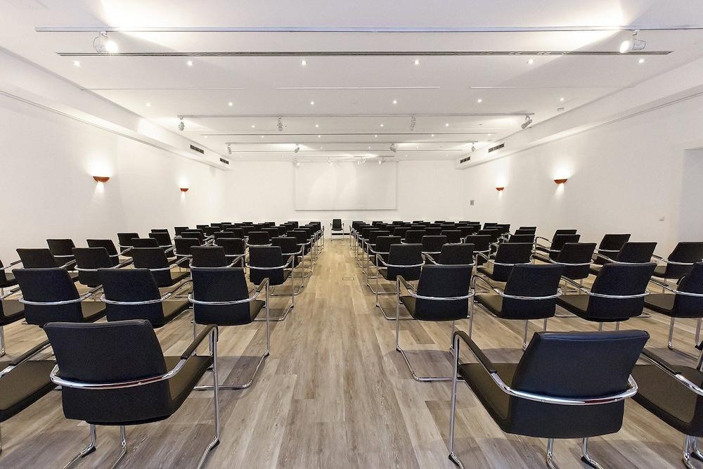 ドルメロ ホテル ミュンヘン - キルヒハイム メッセ