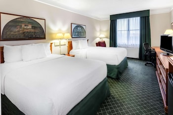 Deluxe Suite, 1 Double Bed, Accessible, Non Smoking (Mobility/Hearing Impaired Accessible)