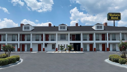 . Western Motel