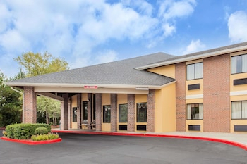 Baymont Inn and Suites Smyrna/Atlanta Northwest