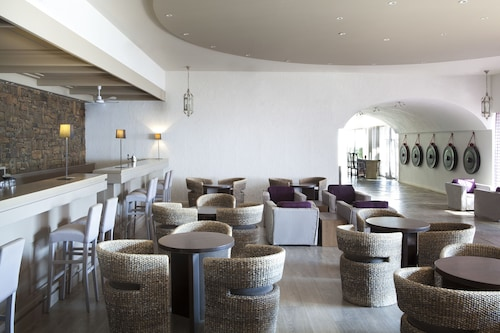 Minos Palace hotel & suites – Adults Only, Crete