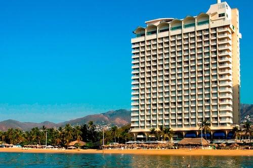 . Krystal Beach Acapulco