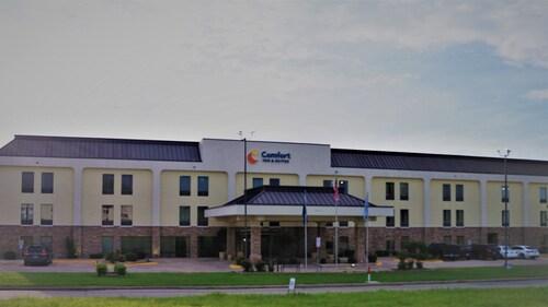 . Comfort Inn & Suites Ardmore