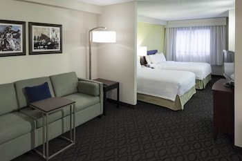 Guestroom at SpringHill Suites Dallas Downtown / West End in Dallas