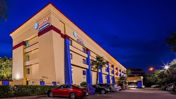 Hotel - SureStay Plus Hotel by Best Western Houston Intercontinental