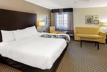 密爾瓦基德拉菲爾德溫德姆拉昆塔套房飯店 La Quinta Inn & Suites by Wyndham Milwaukee Delafield
