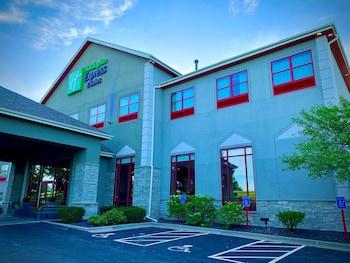 北奧拉西智選假日套房飯店 Holiday Inn Express Hotel & Suites Olathe North, an IHG Hotel