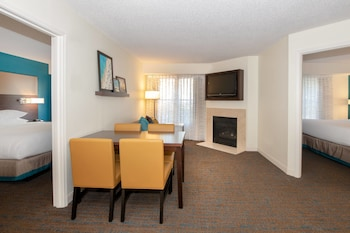 Suite, 2 Bedrooms, Non Smoking (Residential Suite)