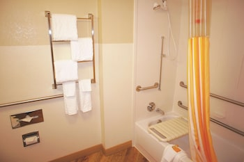 Room, 2 Double Beds, Accessible, Non Smoking (Mobility Accessible)