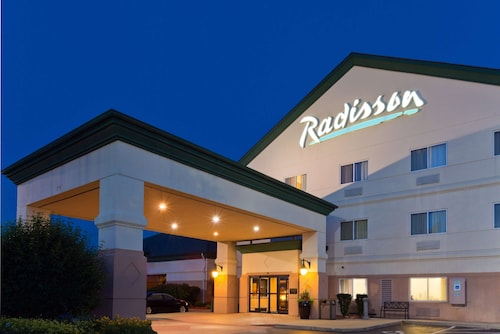 . Radisson Hotel and Conference Center Rockford