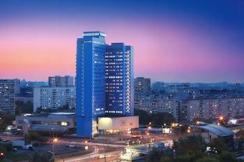 Hotel - Molodyozhny Hotel