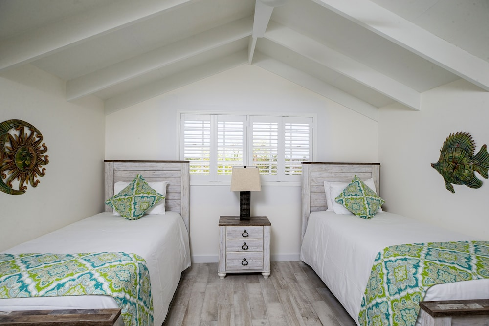 Double Room, 2 Double Beds, Garden View