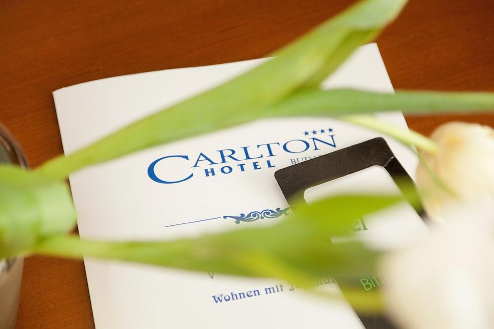 Carlton Opera