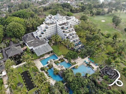 . Hyatt Regency Yogyakarta