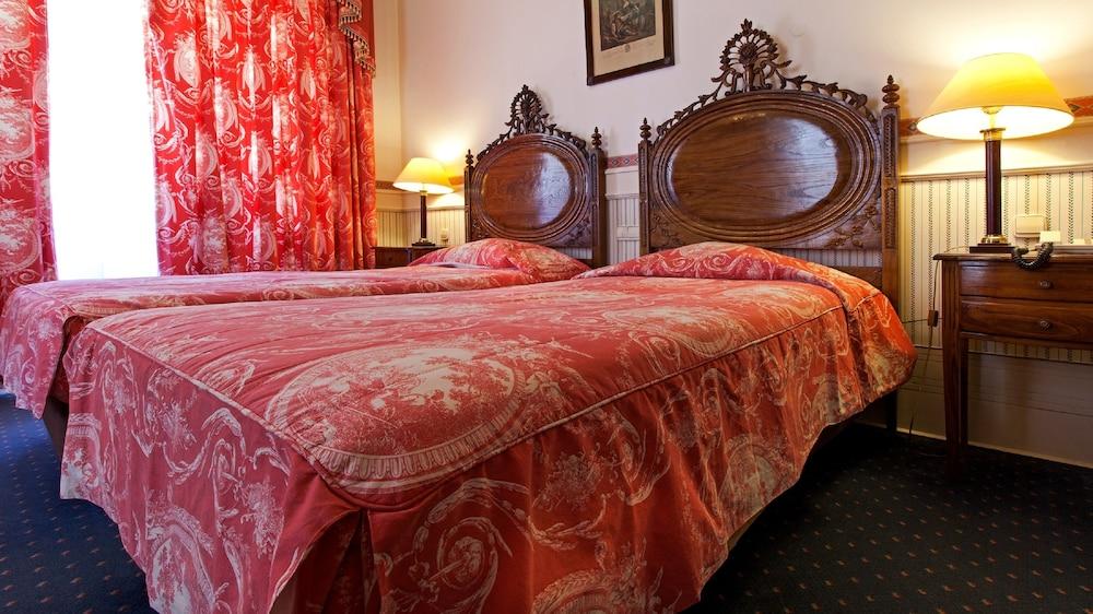 Bussaco Palace Hotel, Mealhada