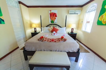 Suite, 1 Bedroom, Garden/Pool View with Nanny Service
