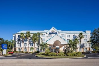 Hotel - Baymont by Wyndham Fort Myers Airport