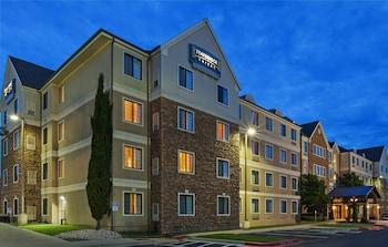 圓石城駐橋套房飯店 Staybridge Suites Round Rock