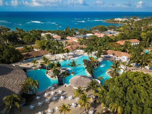 . Cofresi Palm Beach & Spa Resort All Inclusive