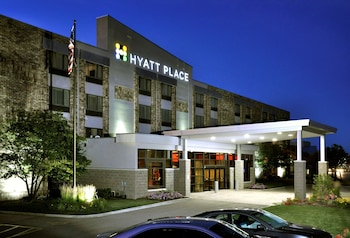 Hyatt Place Milwaukee Airport