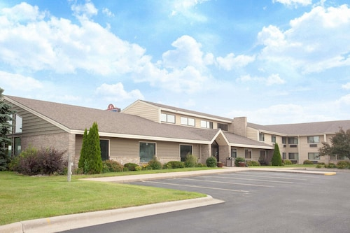 . AmericInn by Wyndham Albert Lea