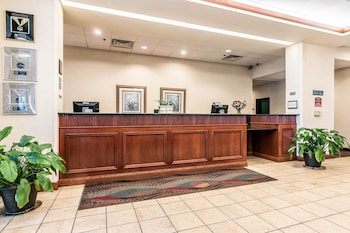 Hotel - Clarion Suites at the Alliant Energy Center