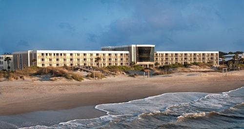 . Hotel Tybee