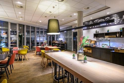 . Holiday Inn Express Mechelen City Centre, an IHG Hotel