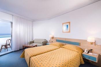 Tek Büyük Yataklı Oda, Kısmi Deniz Manzaralı