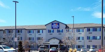 Hotel - InTown Suites Southeast Aurora