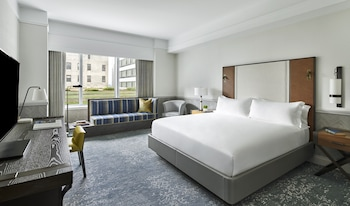 Deluxe Room, 1 King Bed, View (Terrace View)