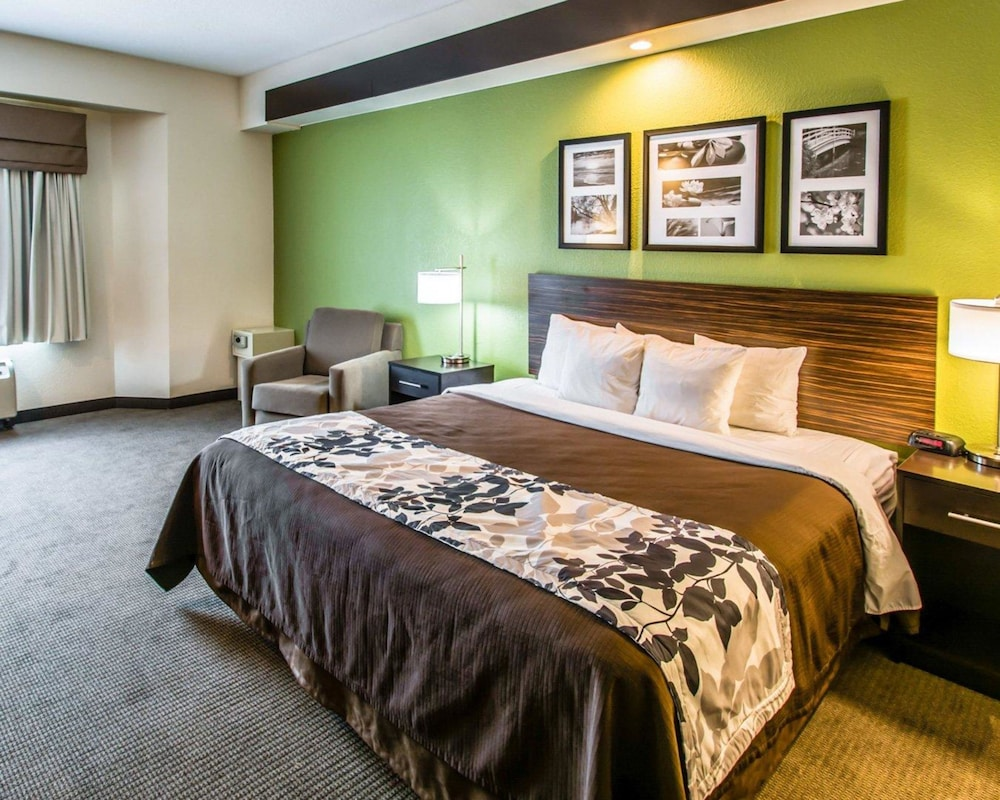 Suite, Multiple Beds, Accessible, Non Smoking