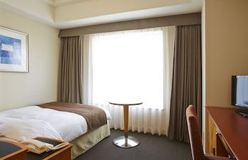 スタンダード シングルルーム セミダブルベッド 1 台 禁煙 (17㎡)|JR ホテルクレメント高松
