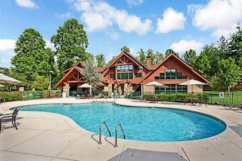 Bent Creek Golf Village Resort by Diamond Resorts