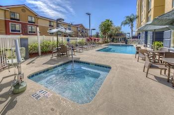 奧蘭多大學附近萬豪費爾菲爾德套房飯店 Fairfield Inn & Suites by Marriott Near Universal Orlando