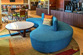 Lobby at Fairfield Inn & Suites by Marriott Near Universal Orlando in Orlando