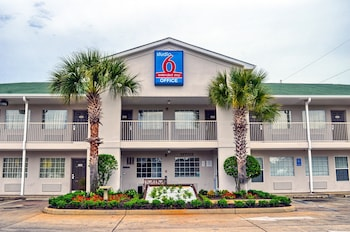Studio 6 Pascagoula 2 5 Miles From Troy State University
