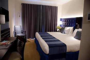 Executive Double or Twin Room, Partial Sea View
