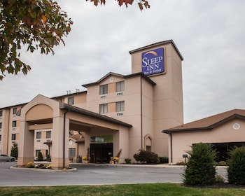 Hotel - Sleep Inn & Suites