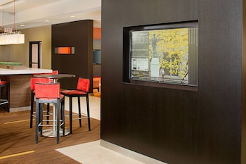 Altoona Vacations - Courtyard by Marriott Altoona - Property Image 1